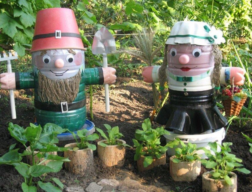 Как сделать свой сад красивым из пластиковых бутылок